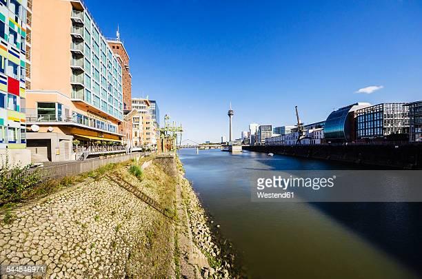 Germany, North Rhine-Westphalia, Duesseldorf, Media Harbour, Rhine river and Rhine tower