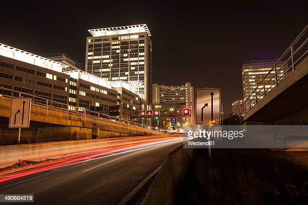 germany, north rhine-westphalia, essen, ruhrschnellweg by night - essen germany stock pictures, royalty-free photos & images