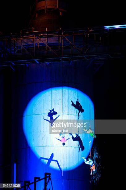 DEU Germany NRW Hattingen former steel plant Henrichshütte during a performance of the dance and acrobatic choreography of the Planet Hope group on...