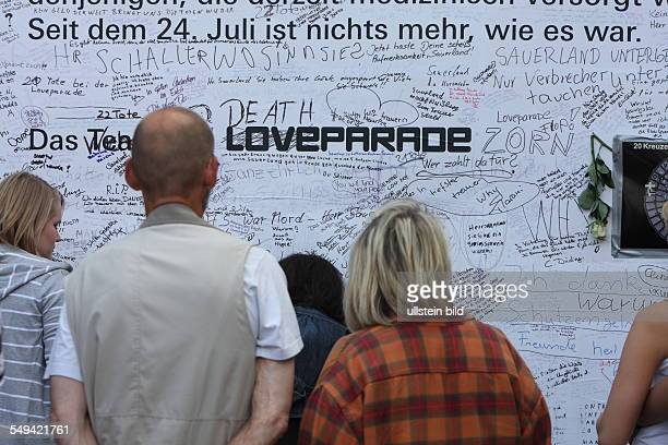 Germany, NRW. Ruhrarea, Duisburg: At the Love Parade, caused by a mass panic, 20 young people died and many were injured, when they tried to reach...