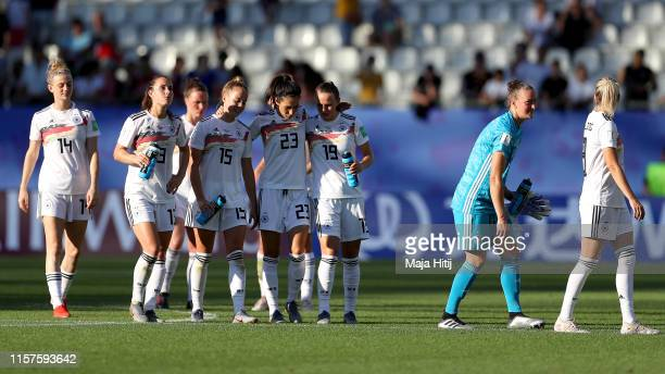 Germany players celebrate following their sides victory in the 2019 FIFA Women's World Cup France Round Of 16 match between Germany and Nigeria at...