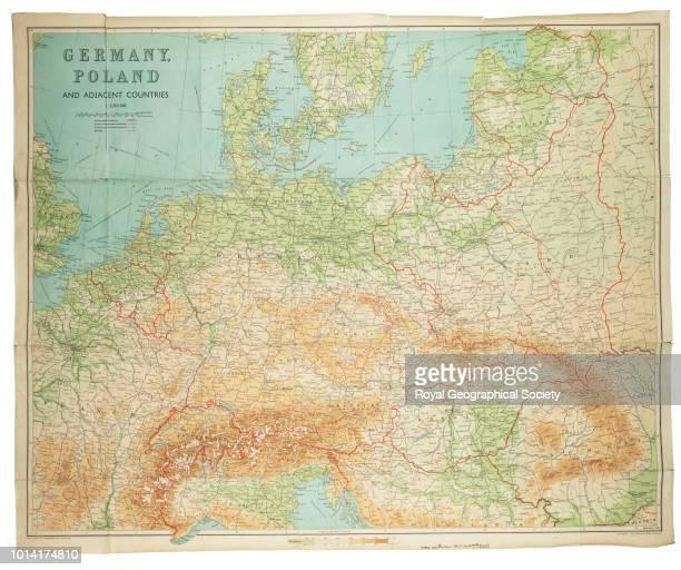 Germany Poland and adjacent countries Published by Bartholomew Edinburgh 1939 Scale 12 500 000 Europe 1939