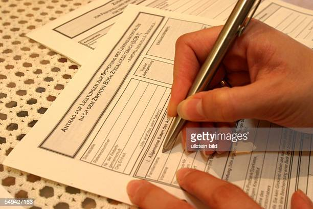 Politics Hartz lV form for the new unemployment system