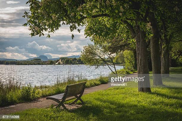 germany, radolfzell, view from mettnau to the konzertsegel - lago constanza fotografías e imágenes de stock