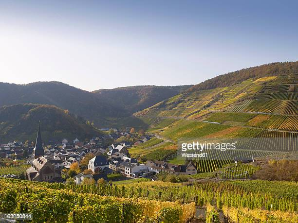 Germany, Rhineland Palatinate, View of wine village with vineyards at Ahr Valley