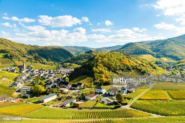 germany, rhineland-palatinate, ahr valley, maischoss, wine village - dorf stock-fotos und bilder