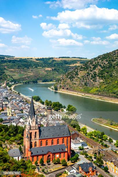 germany, rhineland-palatinate, middle rhine valley, oberwesel and church of our lady, middle rhine - rhine river stock pictures, royalty-free photos & images