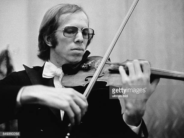 Germany Russian violinist Gidon Kremer playing the violin
