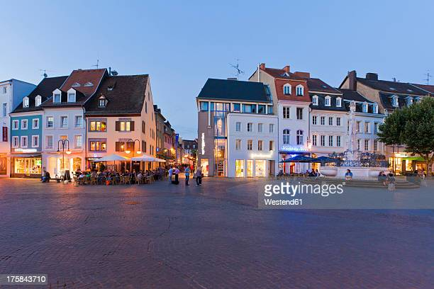Germany, Saarland, People at St. Johanner Market Square