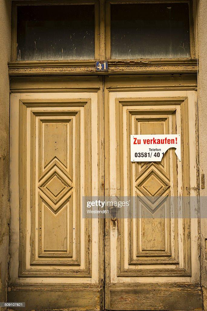 Germany, Saxony, Goerlitz, entrance door of abandoned house : Stock Photo