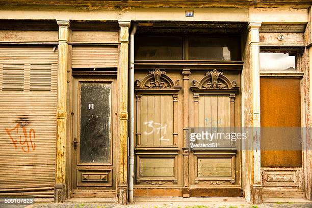 Germany, Saxony, Goerlitz, part of facade of abandoned shop