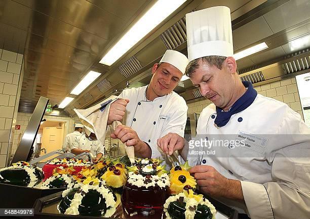 Germany SaxonyAnhalt Halle chefs de cuisine of the canteen Weinbergcampus
