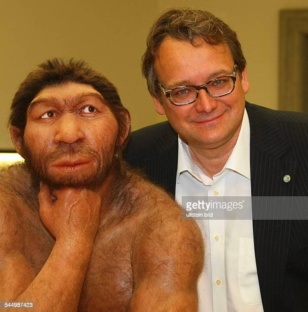 Germany SaxonyAnhalt Halle State Museum of Prehistory reopening after reorganisation archaeologist Harald Mueller with a Neanderthal man