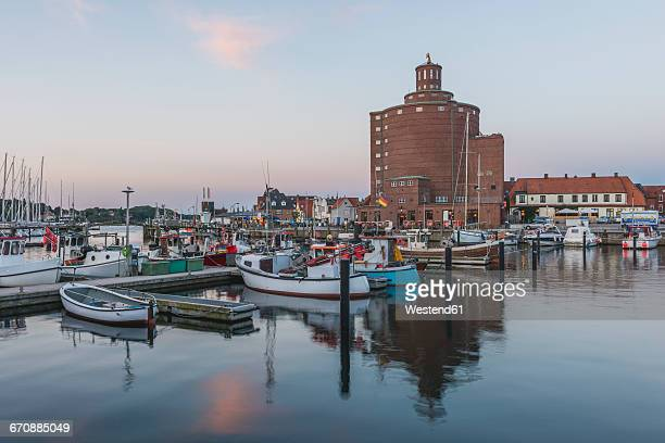 Germany, Schleswig-Holstein, Eckernfoerde, fishing harbour and round silo