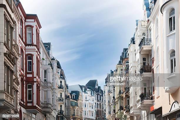 germany, schleswig-holstein, flensburg, old town, facades of houses - altbau fassade stock-fotos und bilder