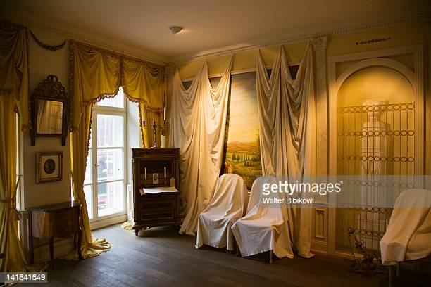 germany, schleswig-holstein, lubeck, interior of buddenbrookshaus museum to thomas mann, writer - schleswig holstein stock pictures, royalty-free photos & images