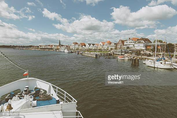 germany, schleswig-holstein, travemuende, promenade - travemünde stock photos and pictures