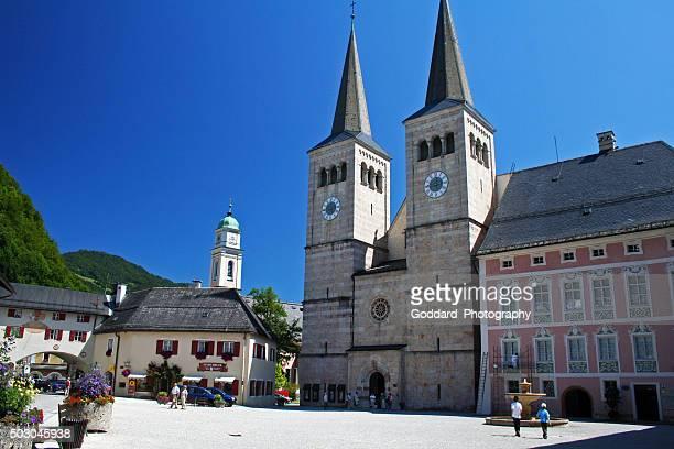 germany: schlossplatz at berchtesgaden - berchtesgaden stock photos and pictures