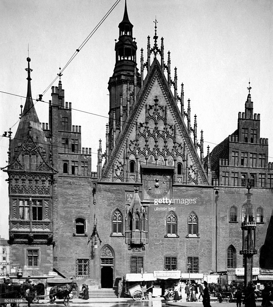 https://media.gettyimages.com/photos/germany-silesia-breslau-city-hall-date-unknown-picture-id501374589
