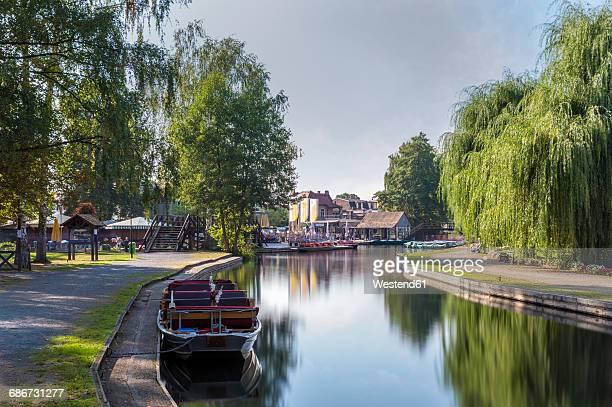germany, spreewald, luebbenau, waterfront promenade at harbor - spreewald stock pictures, royalty-free photos & images