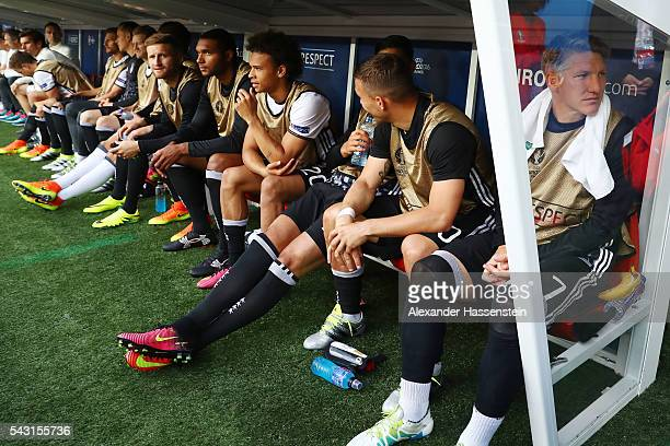 Germany substitute players are seen on the bench prior to the UEFA EURO 2016 round of 16 match between Germany and Slovakia at Stade PierreMauroy on...