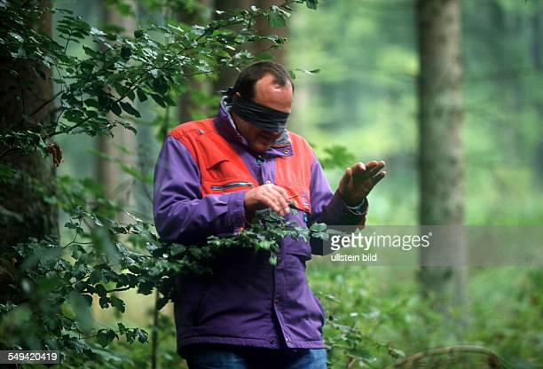 Germany, Swabian Alb, 01.-: Team Craft, Manager Survival Training.- Lawyers and manager of Daimler Chrysler, Carl Zeiss, Weigle furniture workshops;...