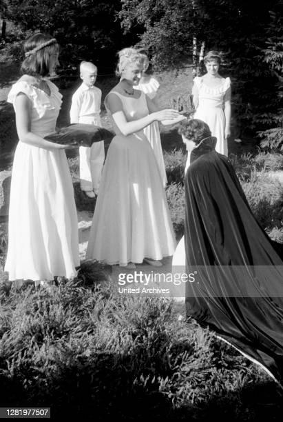 Germany - The coronation scene during the Heidefest in Schneverdingen, Lüneburger Heide, North German landscape, 07/1955.