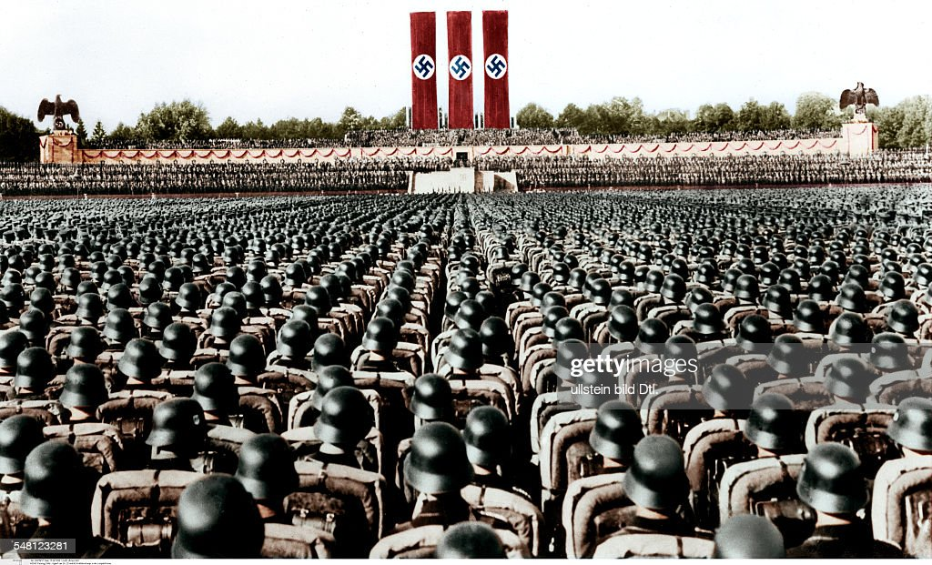 Germany, Third Reich - NSDAP Nuremberg Rally 1936 Parade of the NS-Driver's Corps, the SA and the SS at the rally ground; - 13.09.1936  digitally colorized Original image no: 73917 : Foto jornalística