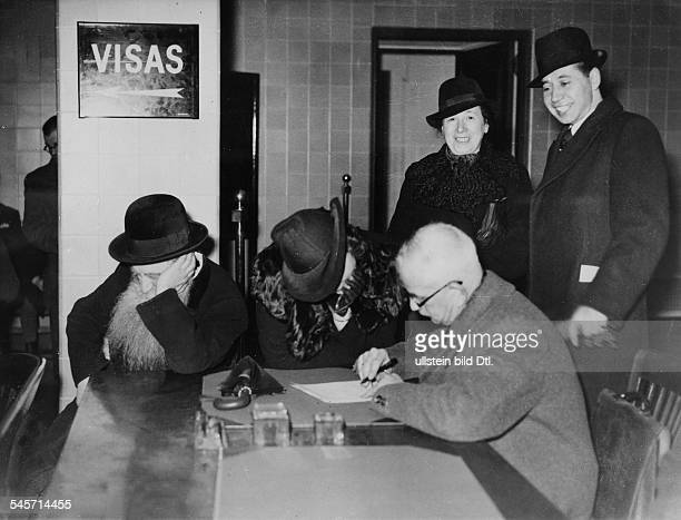 Germany Third Reich persecution of Jews 193339 emigration <english> Emigration of German Jews Applying for an exit permit at a visa office undated