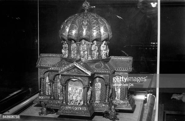 Germany treasure of the Welfs Relic from the Brunswick Cathedral cupola relic from the 14th century Photographer Charlotte Willott 1953Vintage...