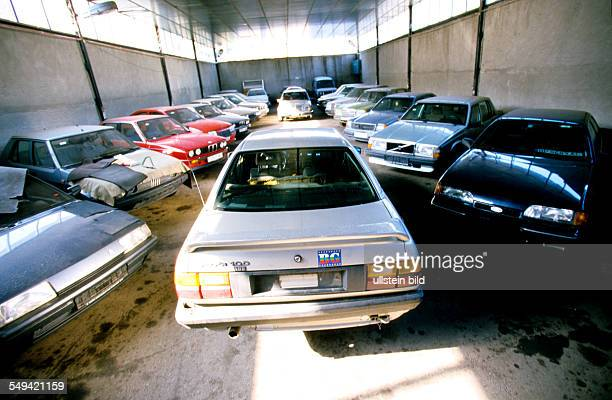 Germany: Turkish-Bulgarian border crossing point Kapitan Andreevo, operation roadrunner; leaded by the ZKA Cologne. All cars in which drugs are found...