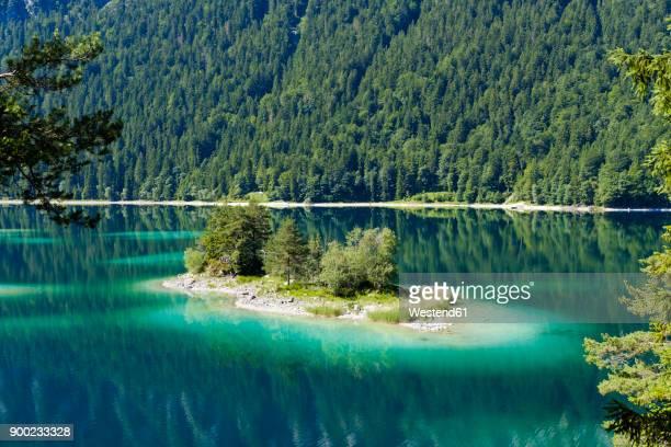 Germany, Upper Bavaria, Lake Eibsee with Alpenbuhl Island