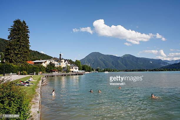 Germany, Upper Bavaria, Tegernsee, View of town near Tegernsee lake