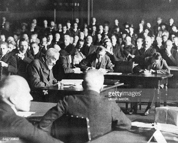 Germany Weimar Republic Session of the commission of inquiry of the National Assembly about the question of war guilt