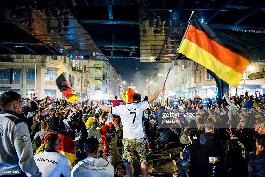 Alemania wins la copa mundial de fútbol y celebra : Foto de stock