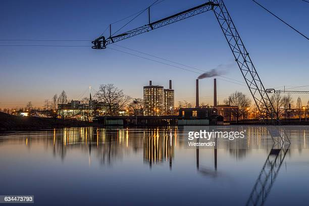 germany, wolfsburg, autostadt in the evening - wolfsburg lower saxony stock pictures, royalty-free photos & images