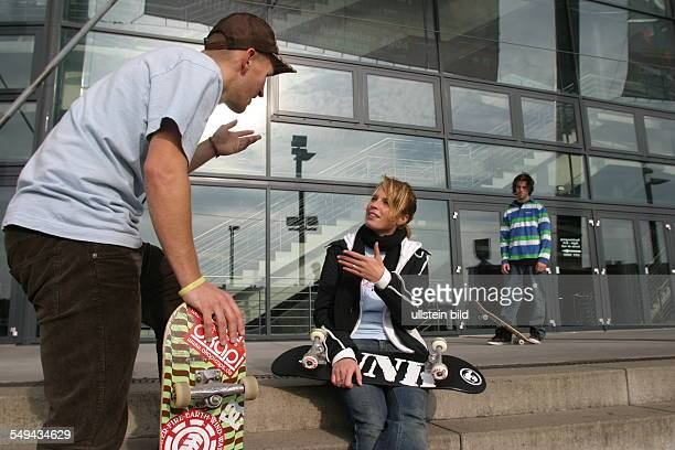 Young persons in their free time Friends are skateboarding