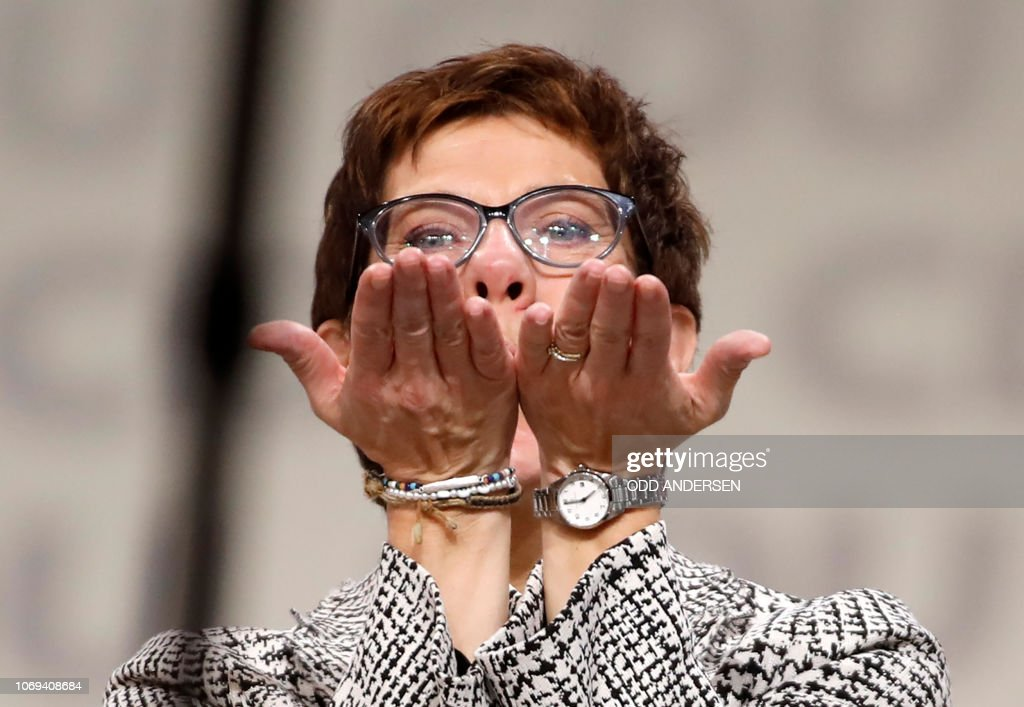 TOPSHOT-GERMANY-POLITICS-CDU-CONGRESS : News Photo