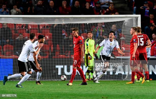Germany's defender Mats Hummels celebrates scoring during the FIFA World Cup 2018 qualification football match between Czech Republic and Germany in...