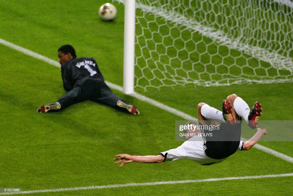 Germany's forward Miroslav Klose (11) makes a flip : News Photo