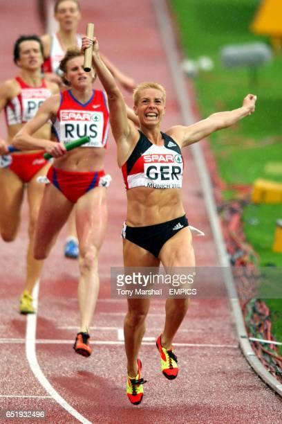 Germany's Grit Breuer celebrates winning the Womens 4x400m relay