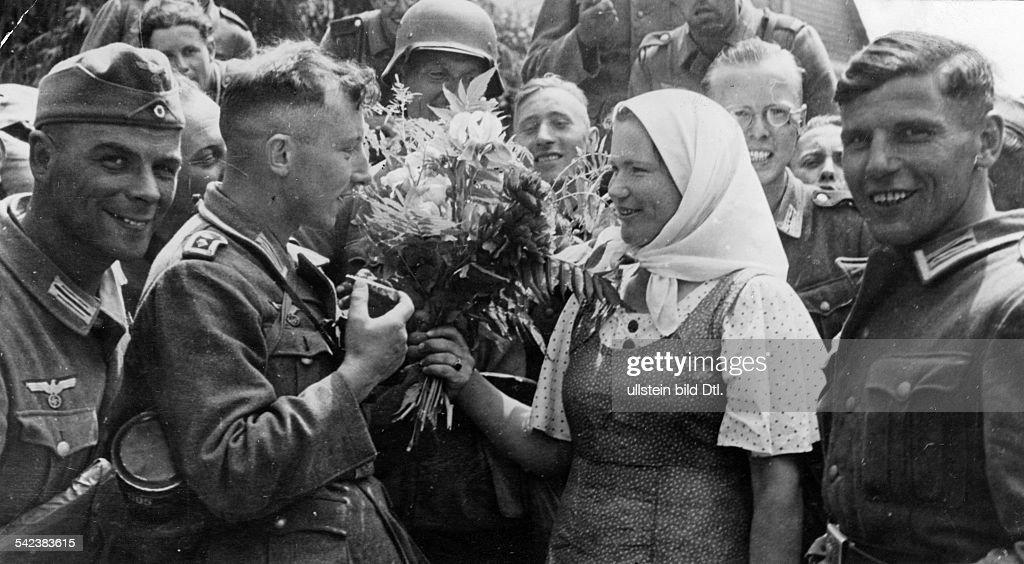 """Résultat de recherche d'images pour """"welcome german soldiers"""""""