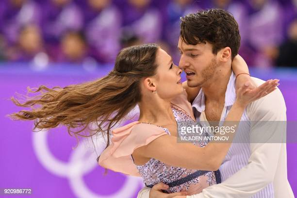 TOPSHOT Germany's Kavita Lorenz and Germany's Joti Polizoakis compete in the ice dance free dance of the figure skating event during the Pyeongchang...