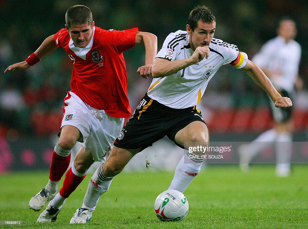 Germany's match goal scorer Miroslav Klo : News Photo