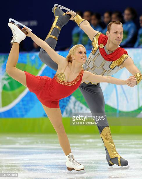 Germany's Maylin Hausch and Daniel Wende perform in their figure skating Pairs Freestyle program at the Pacific Coliseum in Vancouver during the 2010...