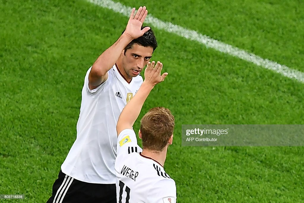 FBL-CONFED-CUP-MATCH16-CHI-GER : News Photo