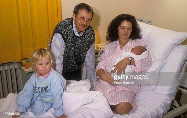 Gernot Endemann Ehefrau Jocelyne Boisseau Tochter Marine Endemann Alicia Endemann Krankenhaus Hamburg Deutschland Europa Klinik Krankenzimmer...