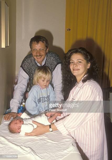 Gernot Endemann Ehefrau Jocelyne Boisseau Tochter Marine Endemann Alicia Endemann Krankenhaus Hamburg Deutschland Europa Klinik Krankenzimmer Windel...