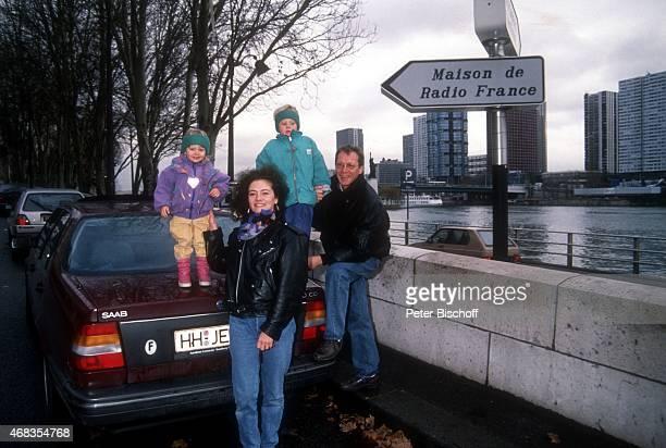 'Gernot Endemann Ehefrau Jocelyne Boisseau Tochter Marine Endemann Tochter Alicia Endemann am in Paris Frankreich '