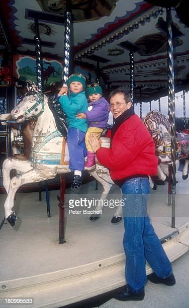 Gernot Endemann Tochter Marine Endemann Tochter Alicia Endemann Paris Frankreich Europa Karussell fahren Familie Kinder Vater Prominenter...